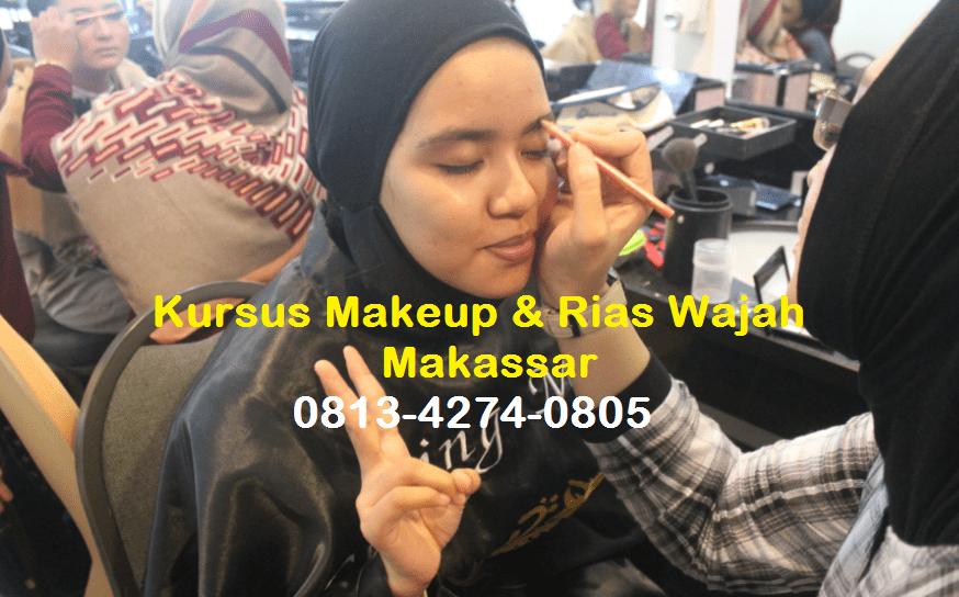 Kursus Make Up di Makassar